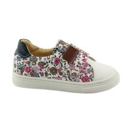 Lányok cipője virágok Bartuś