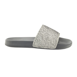 Profilirane papuče Big Star blistaju siva