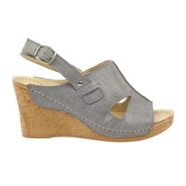 Sivi Gregors 533 sandale siva