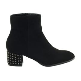Zimske čizme Filippo 540 crne visoke potpetice crna