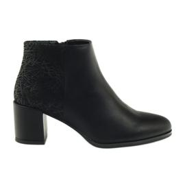 Fekete magas sarkú cipő Sergio Leone 542