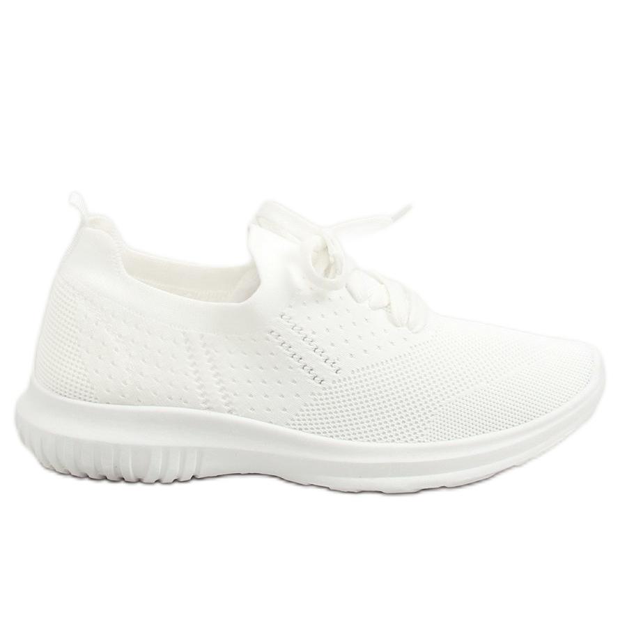 72196dbb9fc5 Fehér LX-9837 fehér sportcipő - ButyModne.pl