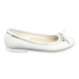 Ballerinas íjjal, fehér gyöngyszemű American Club GC29 / 19