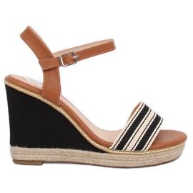 Sandale na klinčićima crne 9068 crne