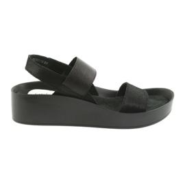 Filippo 767 profilirane crne sandale crna