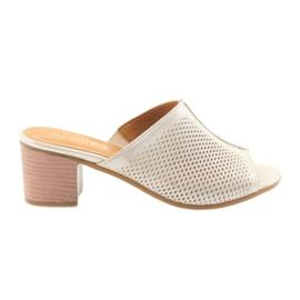 Ženske zlatne papuče Badura 5311