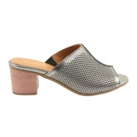 Siva Ženske srebrne papuče Badura 5311