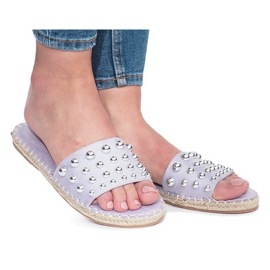 Purpurna boja Ljubičaste flip-flops s Mocate studs
