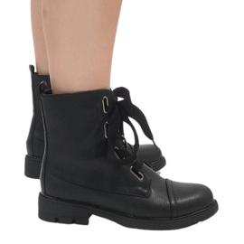 Kayla Shoes crna Crne čizme od čipke S161