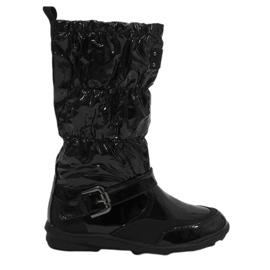 Crna Crne kratke lakirane čizme Y110