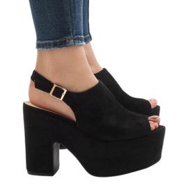 Crne sandale na masivnoj cigli od 8263CA crna