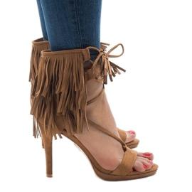 Bež sandale na stiletto suh boho 8125-1 smeđ