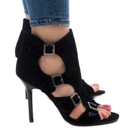 Crne sandale na stiletto antilop GH048 crna