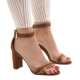 Sandale od kamelija na postolju A8020 smeđ