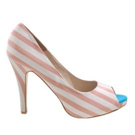 Ružičaste cipele s petom K011