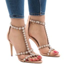 Nude sandale na igle s klinovima od 8296-Y