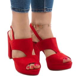 Crvene sandale na postolju JS-8001 crvena