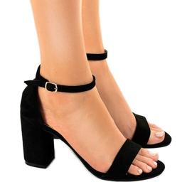 Crna Crne sandale na antilop LT113 stupu