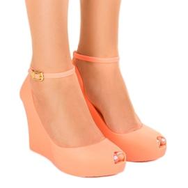 Narančasta Narančaste gumene noge otkrivene su KM06-3