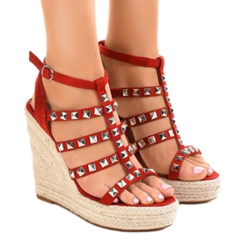 Crvene sandale na slamnatom klinču 9529 crvena