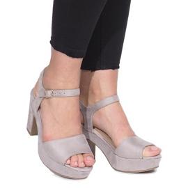Szürke Sivi sandali za post