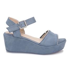 Kék Plavi sandali na klupi lagune