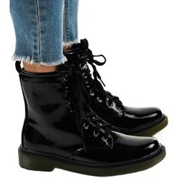 Crne čizme od patentne kože SD708 crna