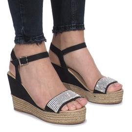 Crna Crne sandale na osjetljivoj klinaskoj peti Diamond Shine