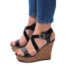 Crna Sandale na klin S260 crne