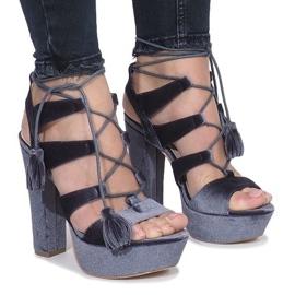 Siva Sivi sandali na post izrađen od velura One Love