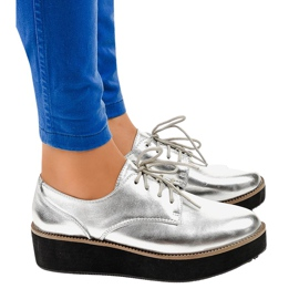 Srebrne elegantne čipkaste cipele 2017-1 siva