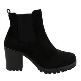 Crna Crne čizme na postu B3000-KB