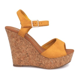 Sandale od klina Cork 5H5654 Žute žuti