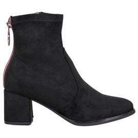 Goodin Čizme s ukrasnim klizačem crna
