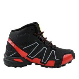 Crno izolirane treking cipele BN8810 crna