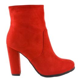 Crvene visoke čizme na postolju F912 crvena