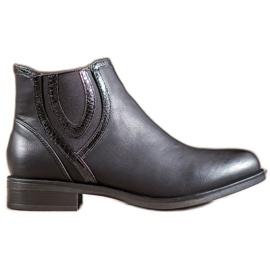 Small Swan Crne čizme s eko kožom crna