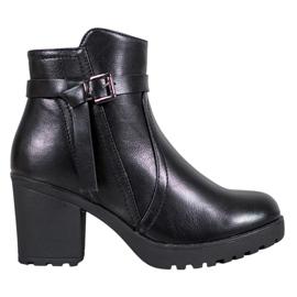 J. Star Udobni čizme na platformi crna