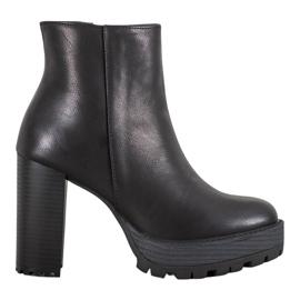 Small Swan Crne čizme na platformi crna