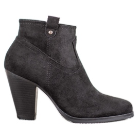 Ideal Shoes Ležerne crne gležnjače crna