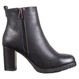 J. Star Ženske čizme za gležnjače s eko kožom crna