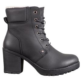 J. Star Ležerne čizme za gležnjeve crna