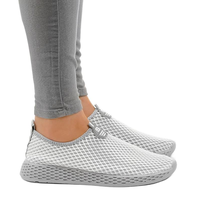 Siva ženska sportska obuća SJ1890-2