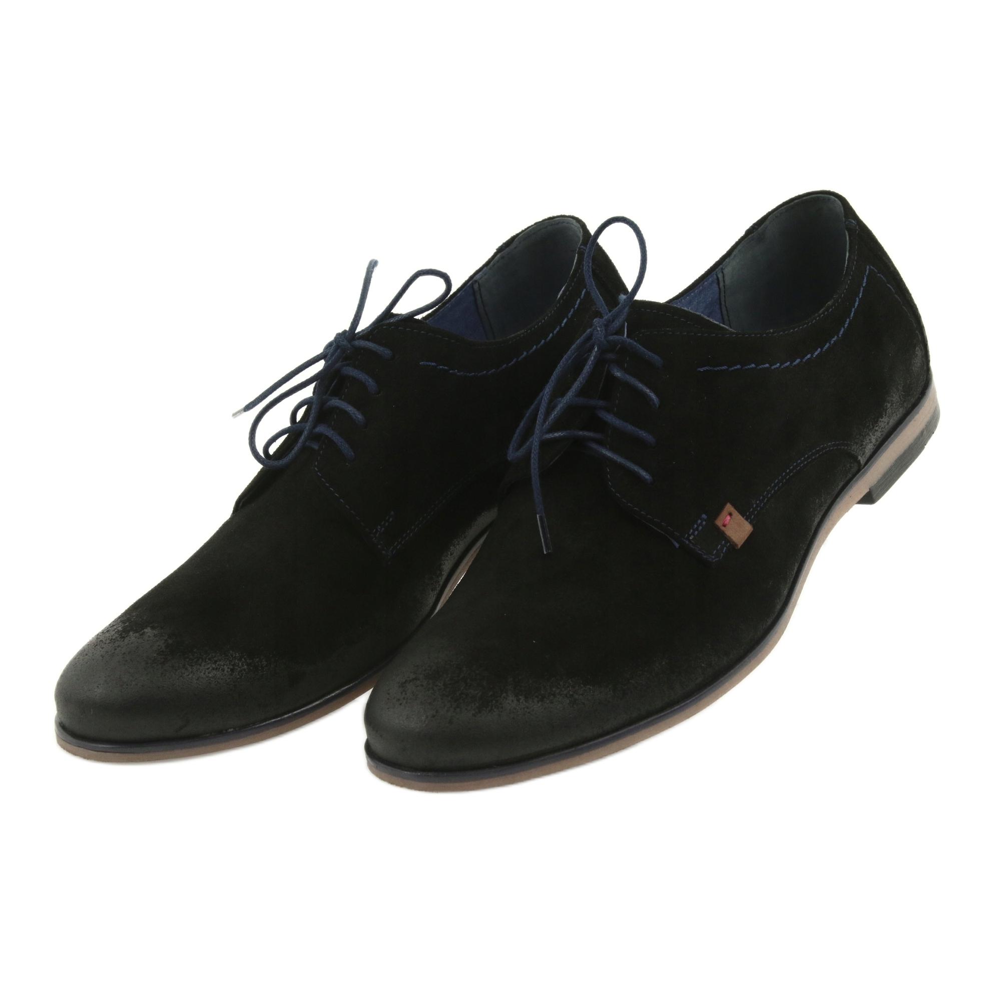 divovske crne čizme